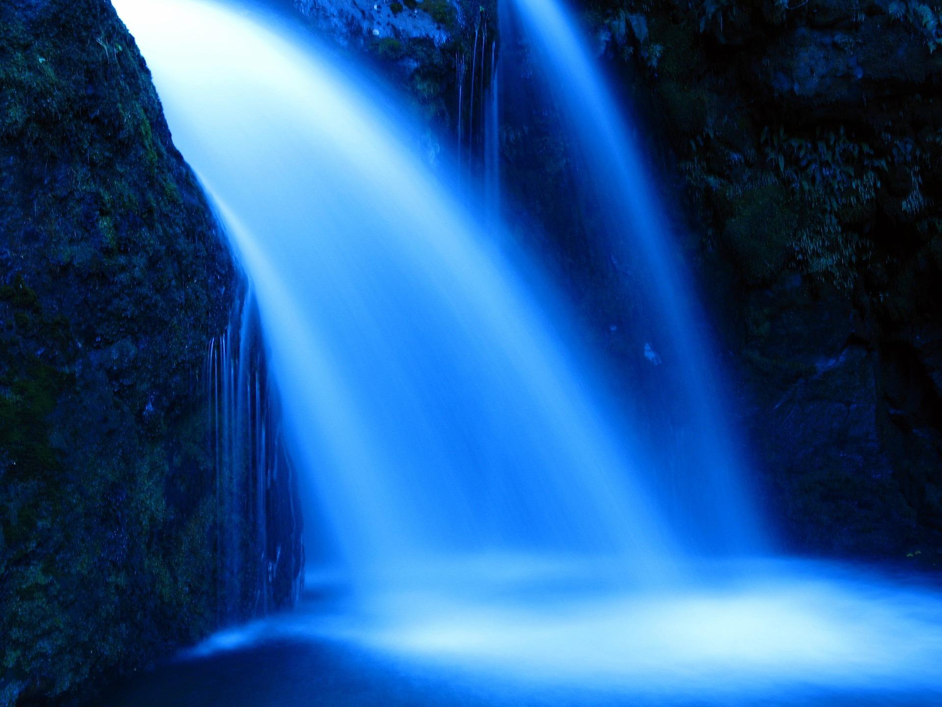 water-913367_1920.jpg